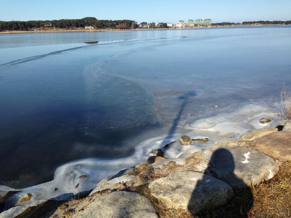 얼음 언 호수와 나