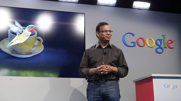 Amit Singhal, senior vice president of search at Google, introduces the new 'Hummingbird' search algorithm. (사진 출처 :  Reuters)